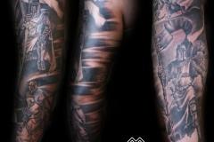 Tatuaje templario brazo completo